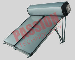 China Compact Swimming Pool Solar Water Heater Flat Plate Black Chrome Coating supplier