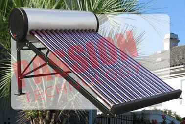 China Evacuated Tube Solar Water Heater , Outdoor Solar Water Heater With CE factory